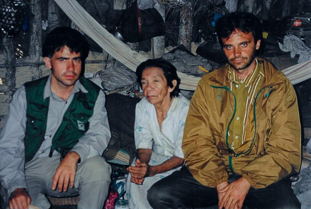 Mikel, Helena Valero, Javier